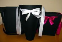 Черные коробки для цветов